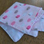 手縫いで簡単!ベビー用ガーゼハンカチの作り方